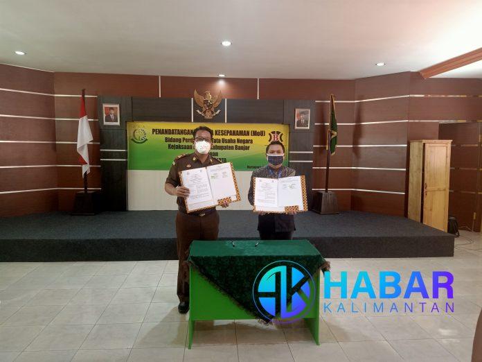 Penandatanganan MoU Kerjasama Antara PD. Baramarta dan Kejaksaan Negeri Kabupaten Banjar