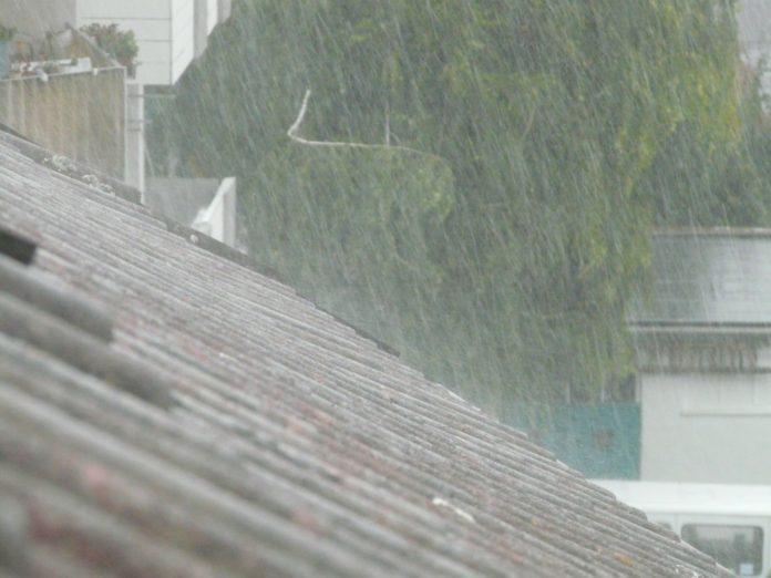 downpour 61916 1920