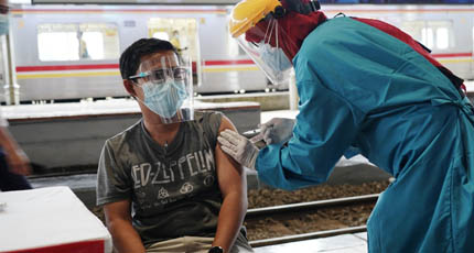 Kemenkes Percepat Tercapainya Target Satu Juta Dosis Vaksin Per Hari